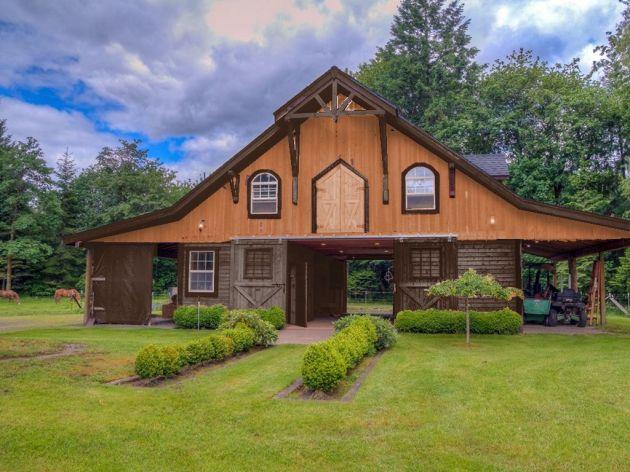 barn exterior balance (1)